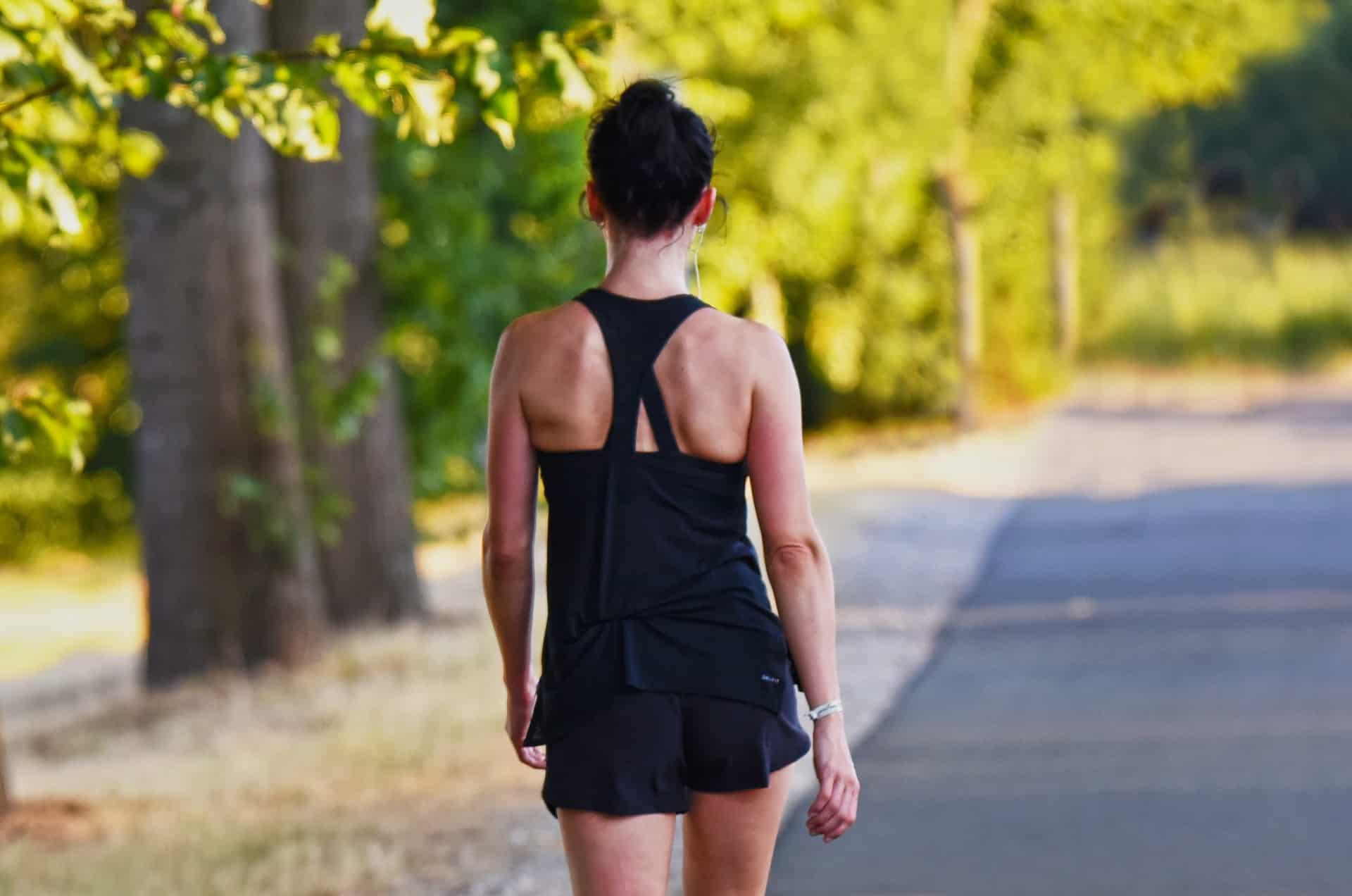 Trainingsplan für Frauen: Alle wichtigen Tipps und Übungen