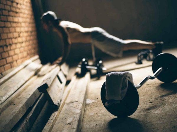 Armmuskeln aufbauen: 5 effektive Übungen für definierte Arme