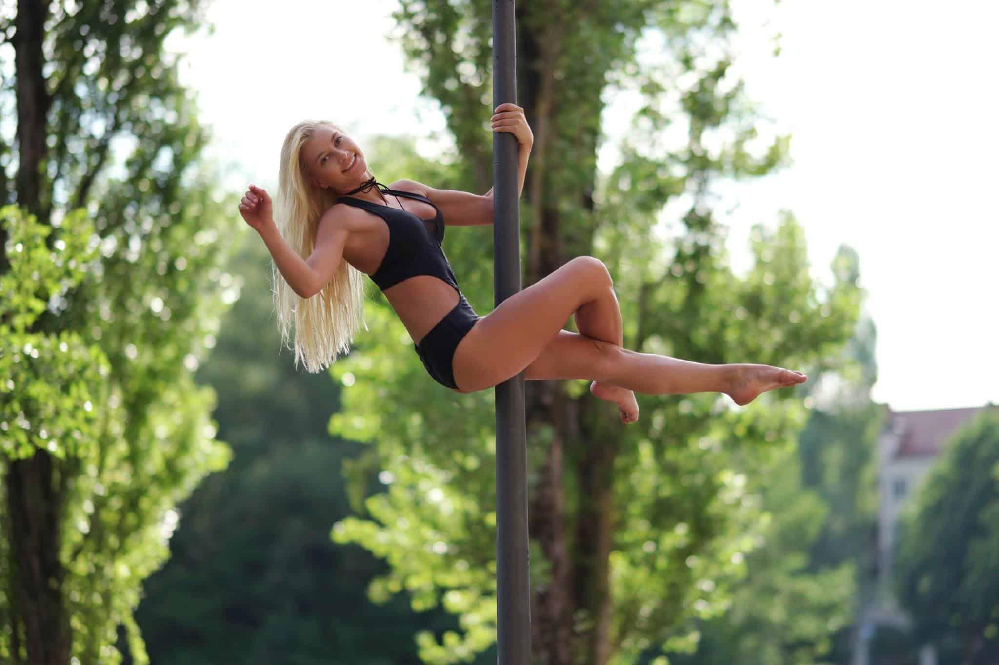 Poledance Kleidung: Test & Empfehlungen (03/20)