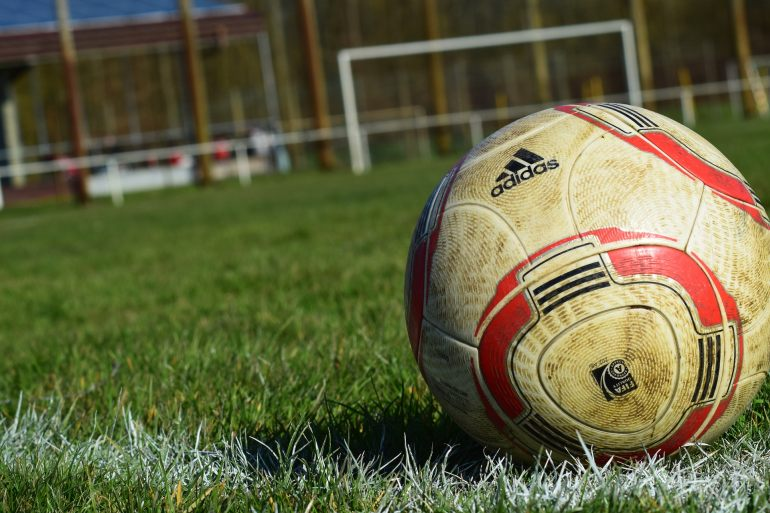 Adidas Fußball-1