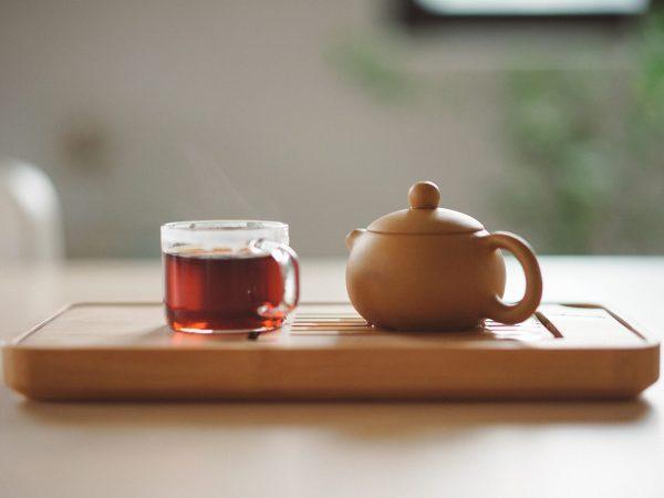 Tee gegen Übelkeit: Hilft das wirklich?