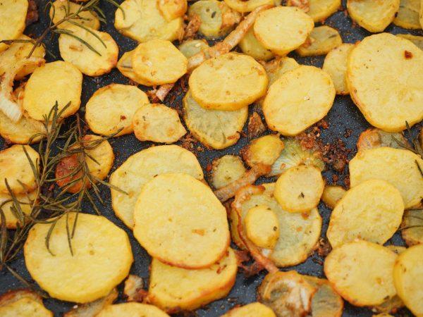 Kalorien von Bratkartoffeln: Das solltest du wissen