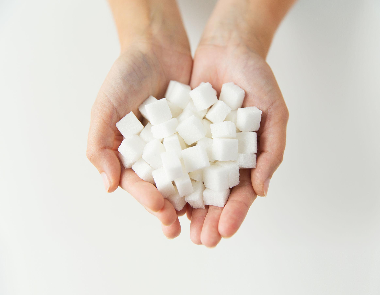 Wie viel Zucker am Tag: Ab wann wird Zucker ungesund?
